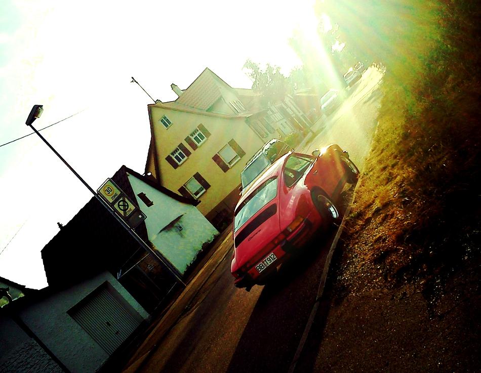 strassenauto-porsche-911