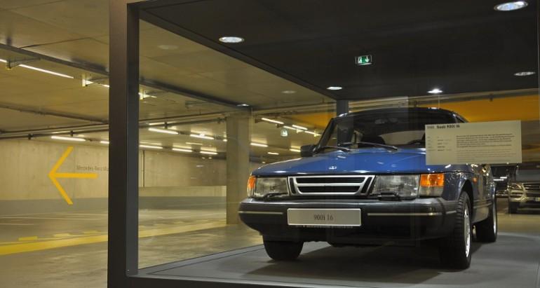 Saab 900 im Mercedes-Museum