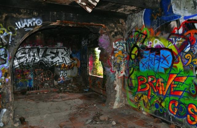 brave-graffiti_corniche