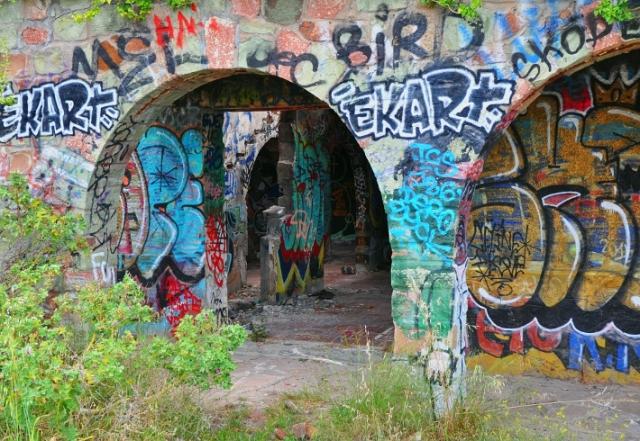 graffiti-haus_corniche